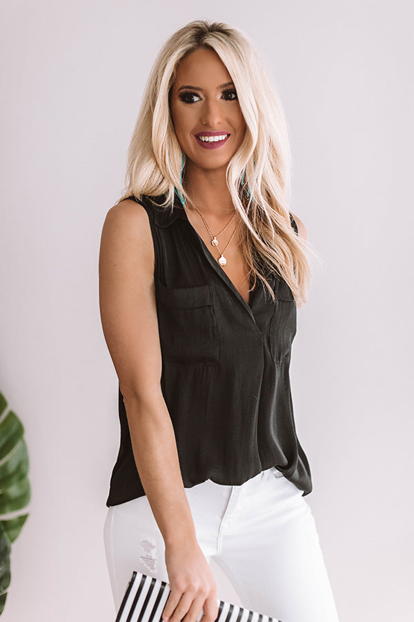 Lattes In Laguna Shift Top in Black