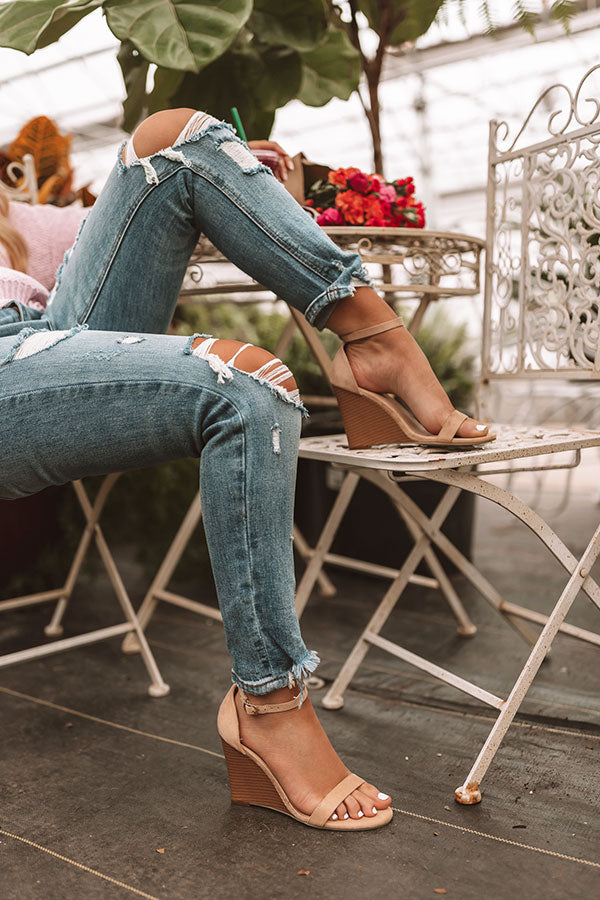The Amalia Wedge In Iced Latte
