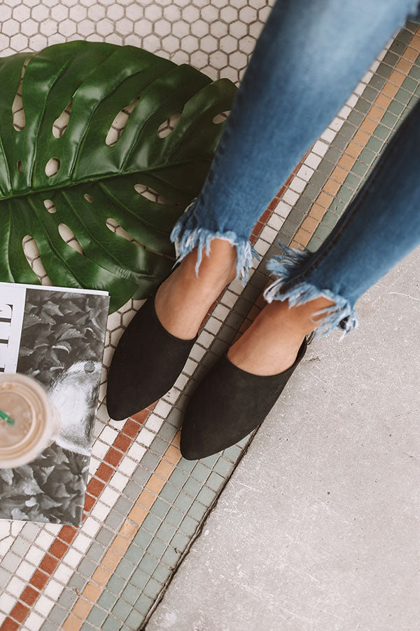 The Lissa Flat In Black