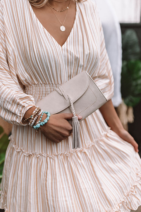 Viva Vacay Clutch in Stone