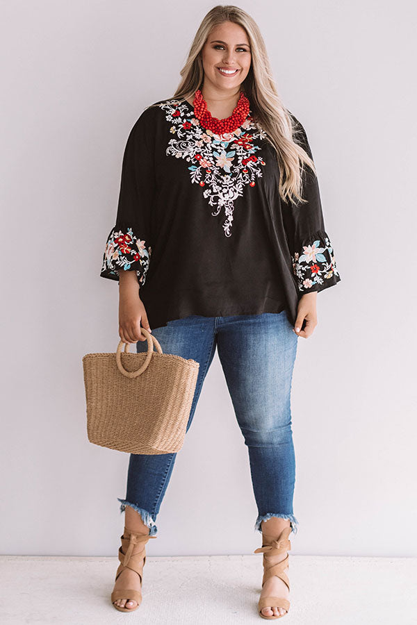 Poolside Pina Coladas Embroidered Shift Top In Black