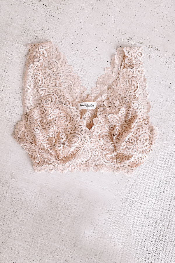 Babe Next Door Lace Bralette in Natural