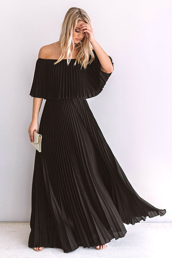 Gala Glam Pleated Maxi Dress in Black