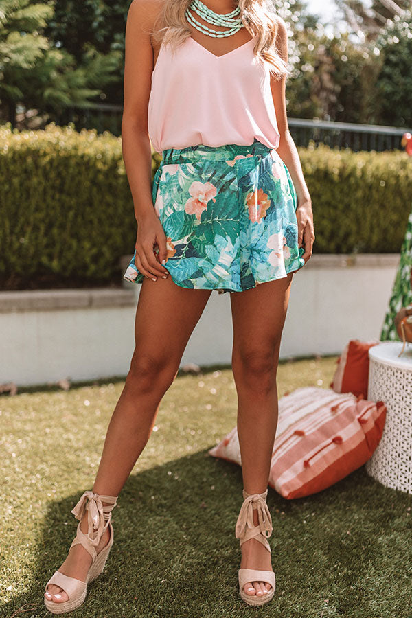Sunshine Shorelines Floral Swing Shorts in Green