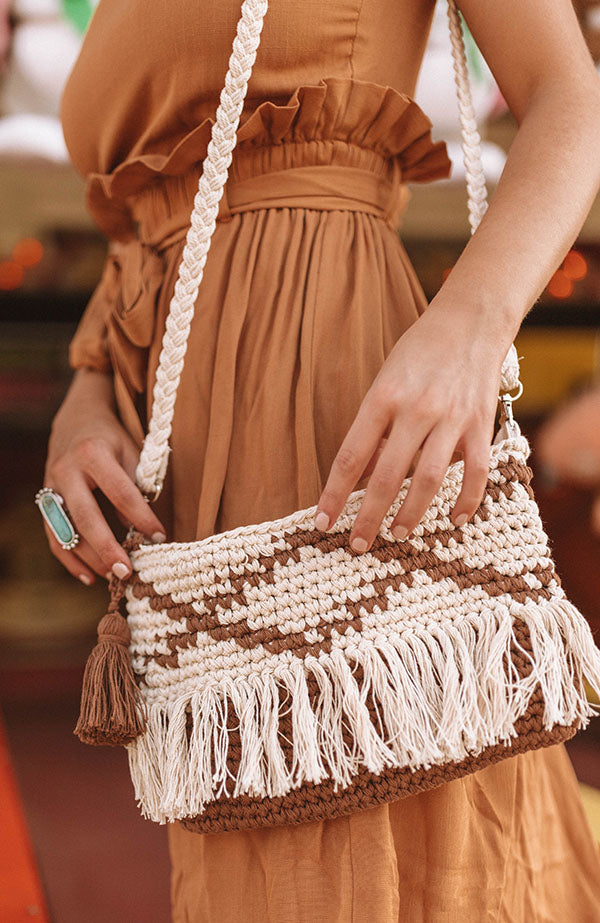 Kisses In Key Largo Crossbody In Brown