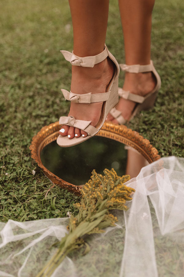 The Byrdie Wedge In Birch