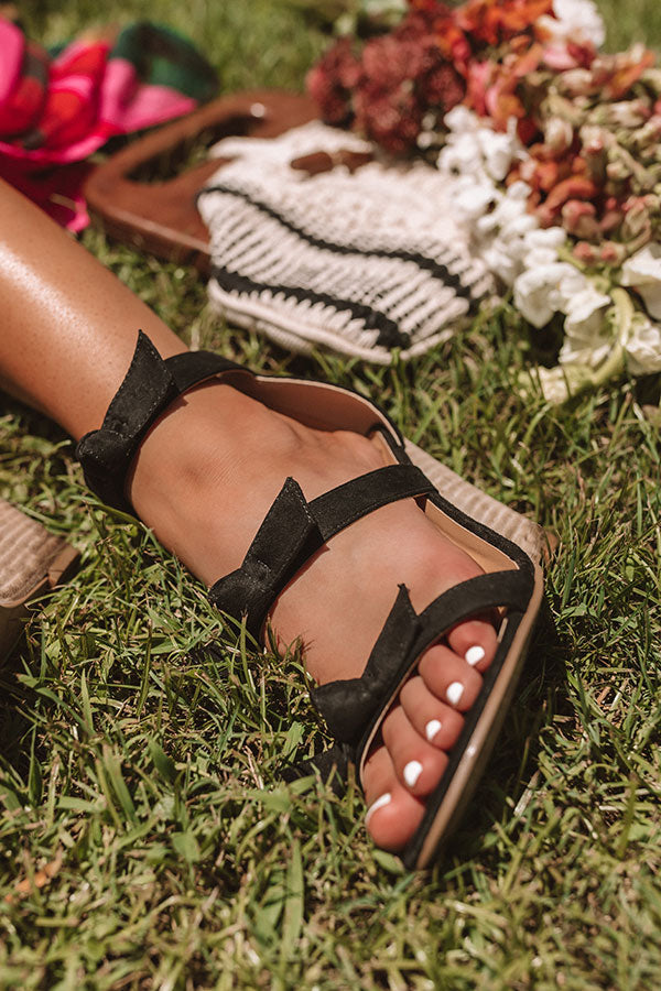 The Byrdie Wedge In Black