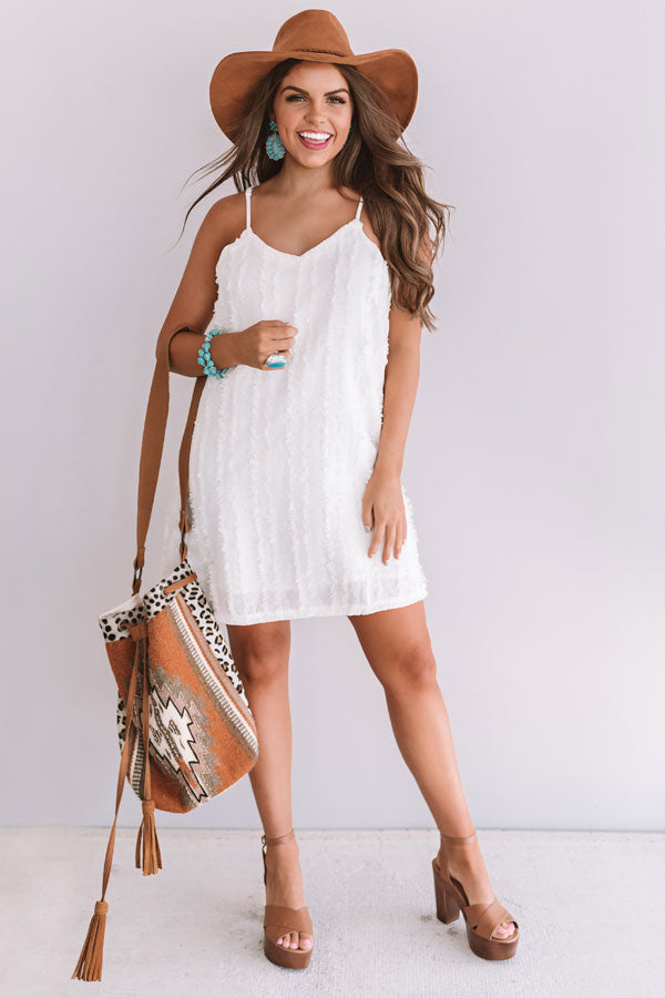 Hollywood Insider Shift Dress In Ivory