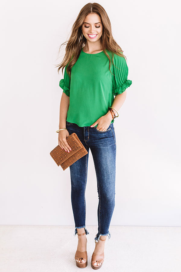Extraordinary Beauty Shift Top In Green