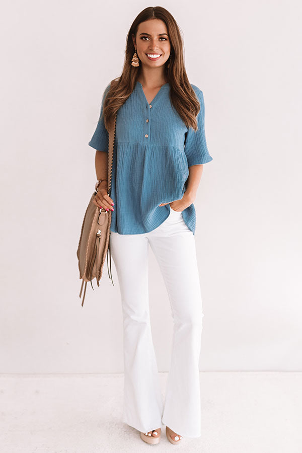 Bellini Brunch Henley Top In Airy Blue