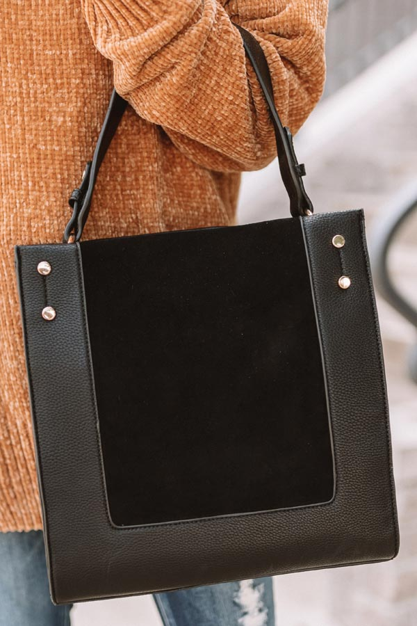 Jetset To Italy Tote in Black