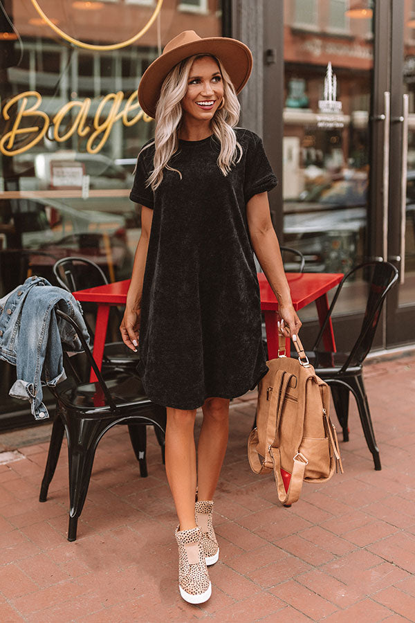 Sedona Sunrise Shift Dress In Black