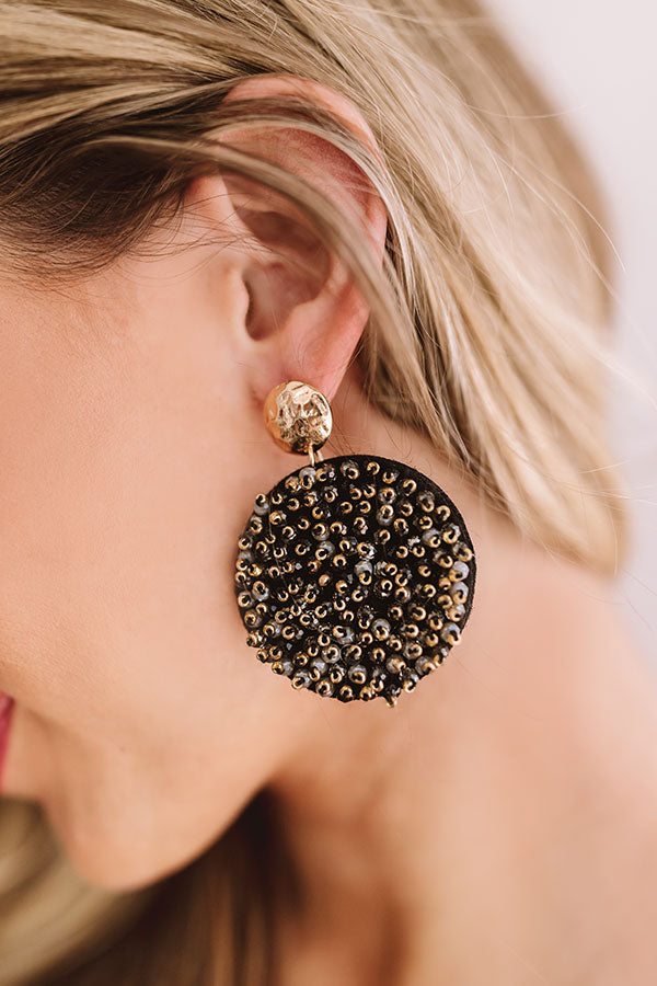 Moonlight Kisses Earrings In Black