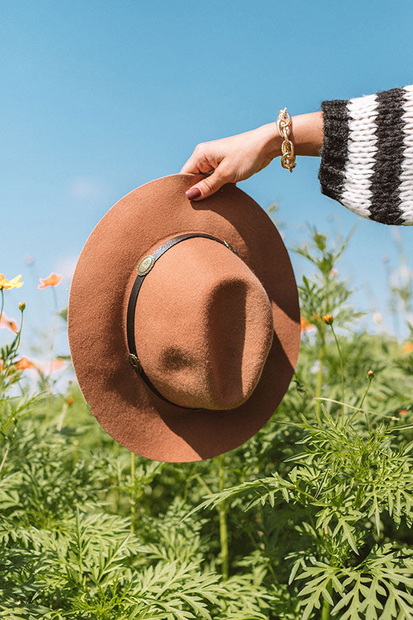 Front Page Worthy Felt Hat In Tan