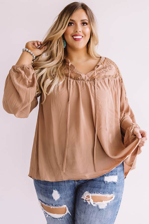 Seriously Smitten Lace Shift Top In Mocha
