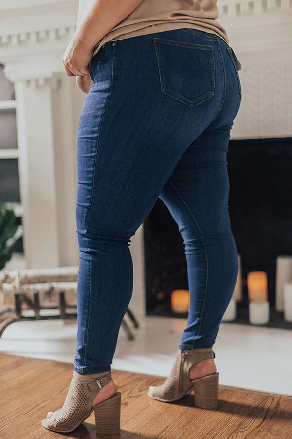 The Iris Midrise Skinny In Medium Wash