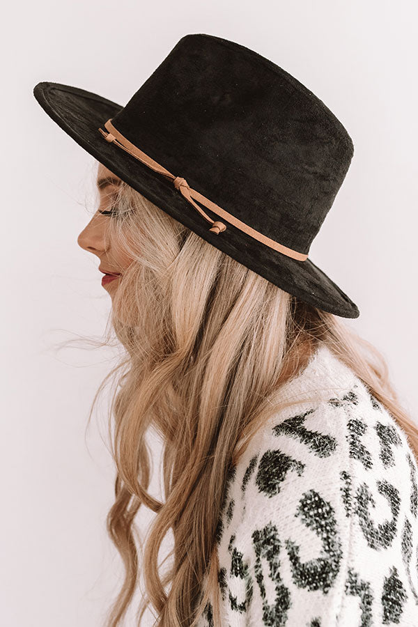 World Renowned Faux Suede Hat In Black