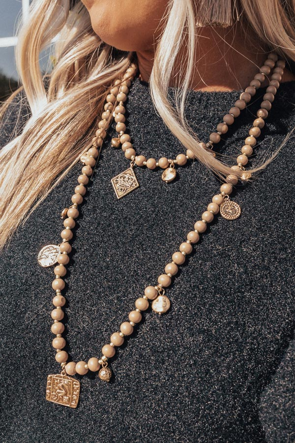 The High Society Beaded Necklace In Brown