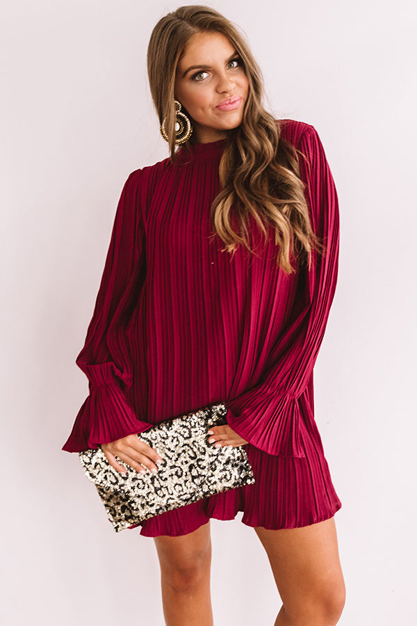 Rooftop Skyline Pleated Shift Dress In Wine