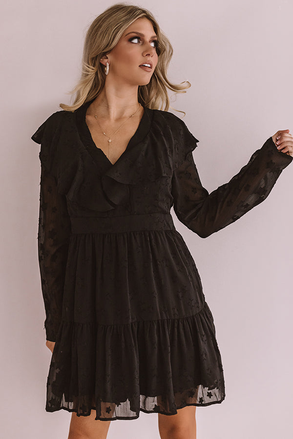 Can't Stop The Kisses Shift Dress In Black
