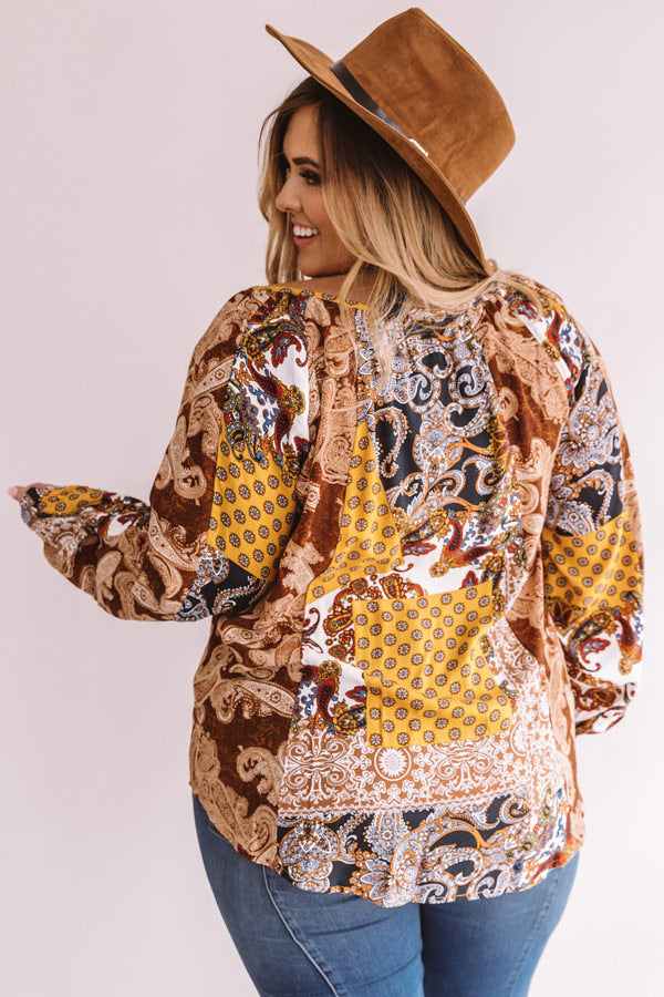 Endless Inspiration Paisley Shift Top in Golden Honey