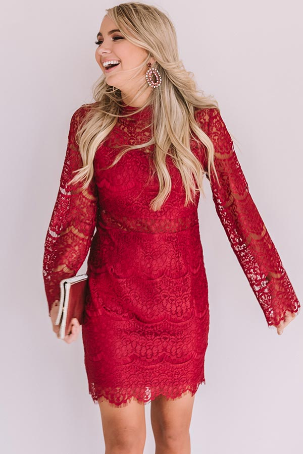 Last Kiss Lace Dress In Crimson