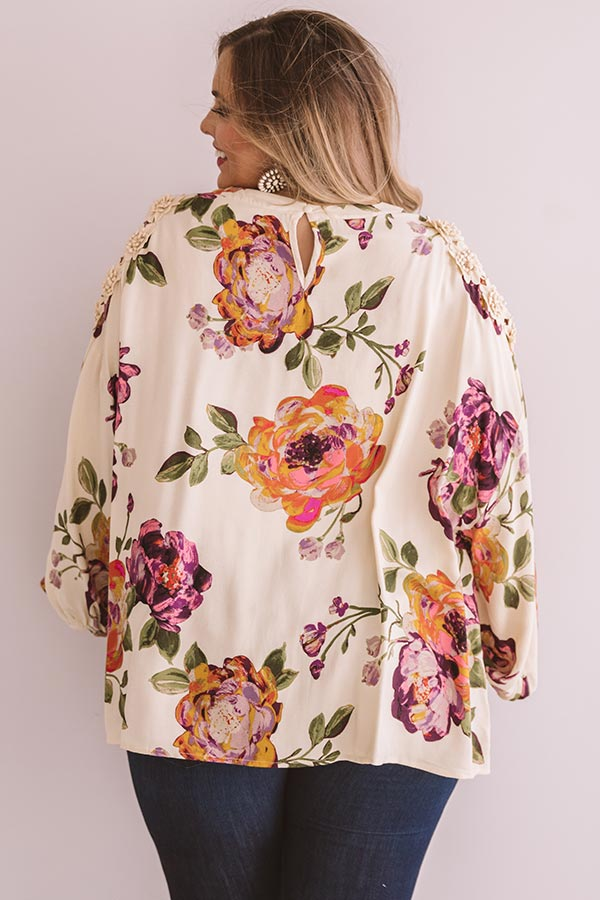 Floral Debut Shift Top In Cream