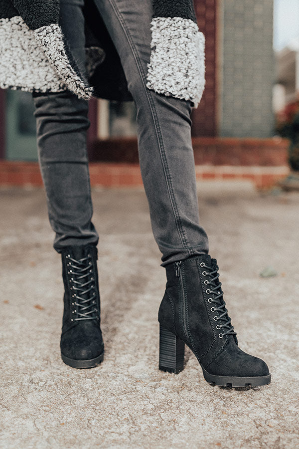 The Ashton Faux Fur Lined Boot In Black
