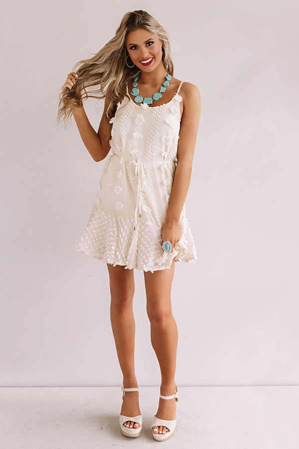 Kisses In Capri Shift Dress in Cream