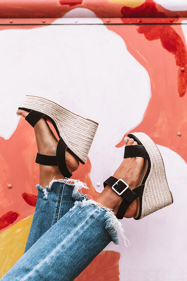 The Sydney Wedge in Black