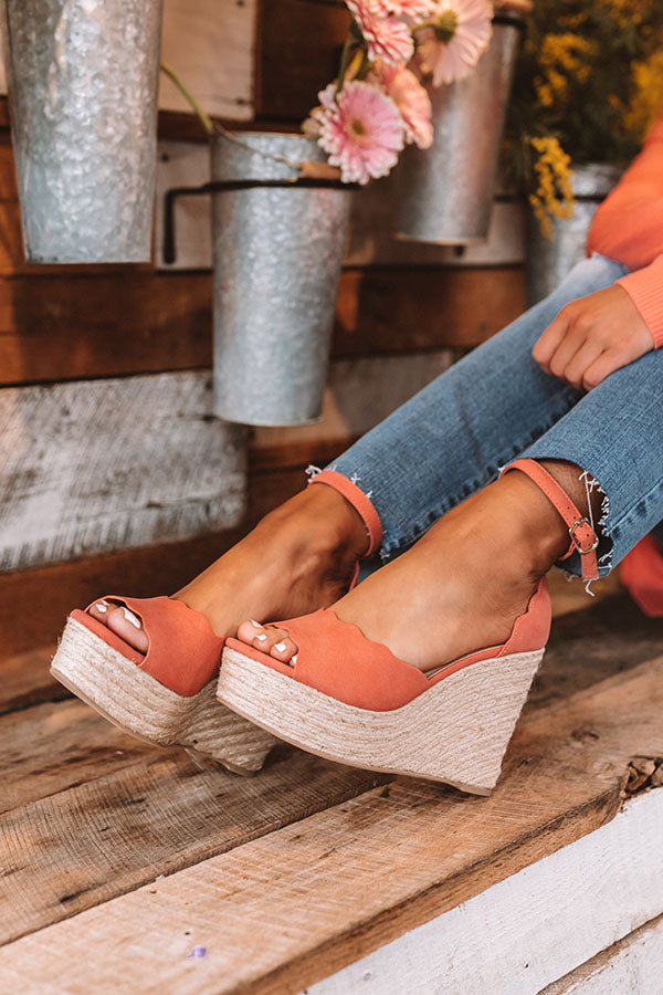 The Alaya Wedge In Coral