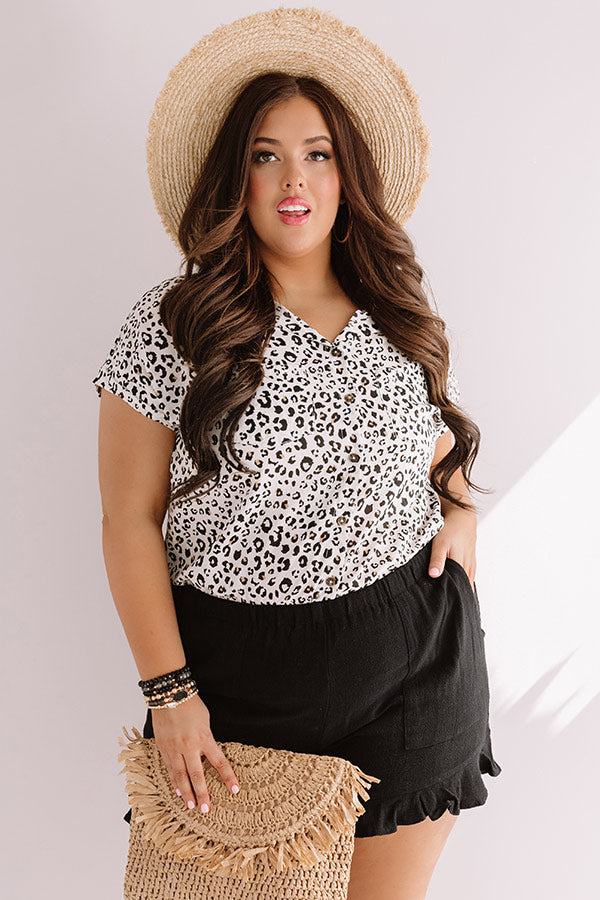 London And Lattes Leopard Button Up Top In Stone