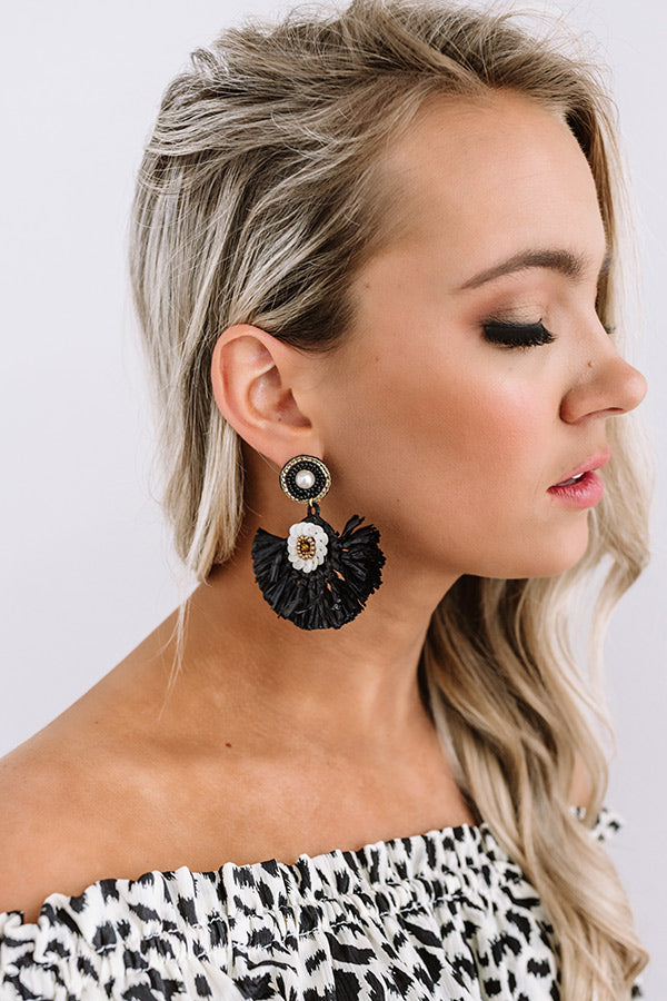 Endless Dreaming Fan Earrings In Black