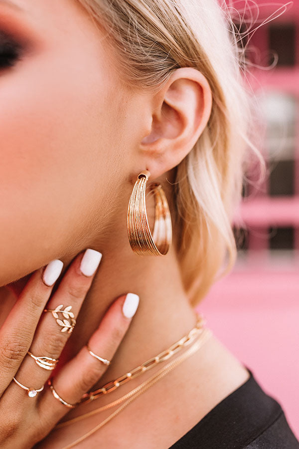 Chicago Chic Hoop Earrings In Gold