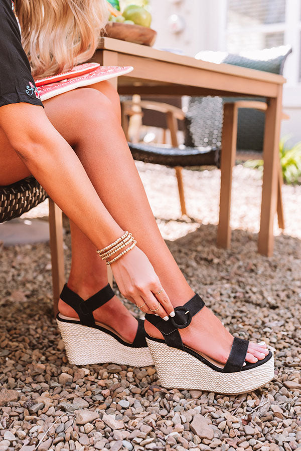 The Bowen Wedge In Black