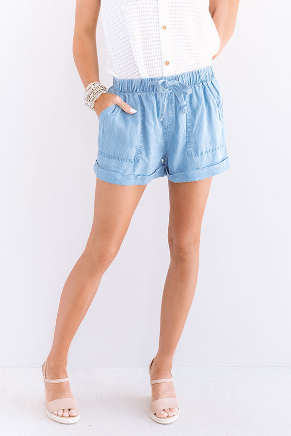 The Amalee Chambray Shorts In Light Wash