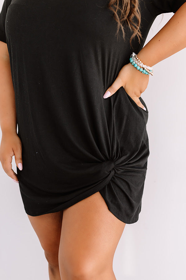 Dinner And Show Shift Dress in Black