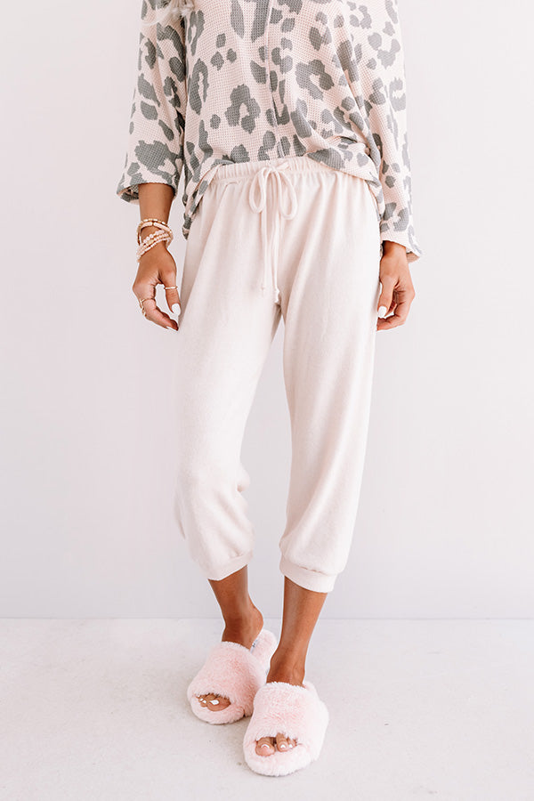 Casa Casual Joggers In Cream