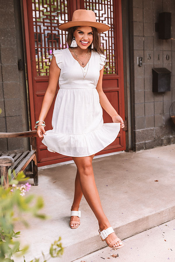 Delightfully Chic Shift Dress In Ivory