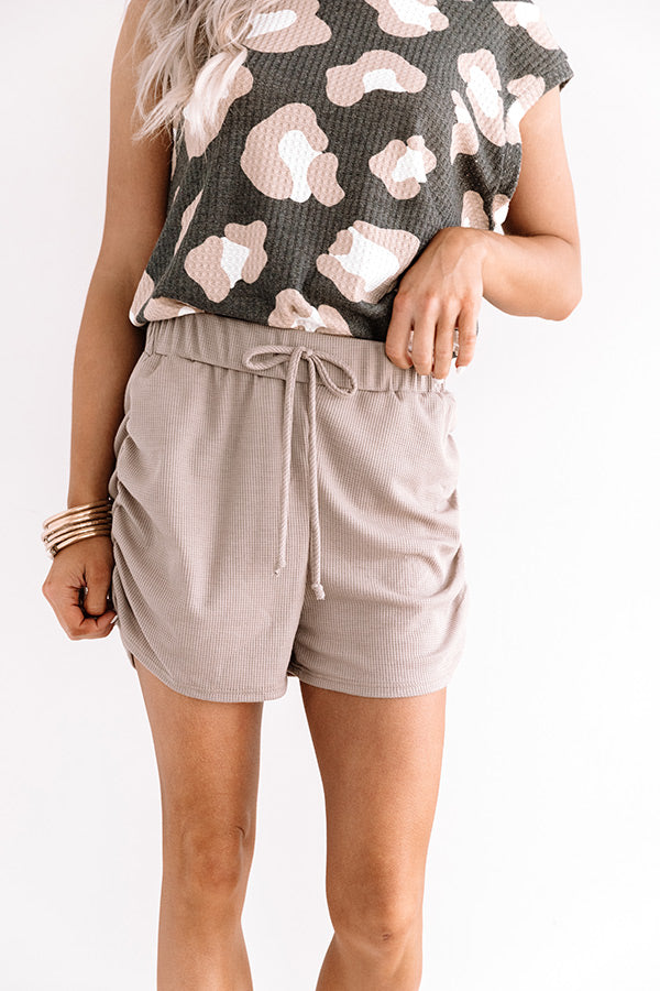 The Kynlee Knit Shorts In Taupe
