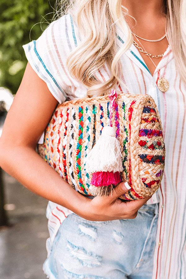 Chic Lifestyle Woven Clutch In Multi