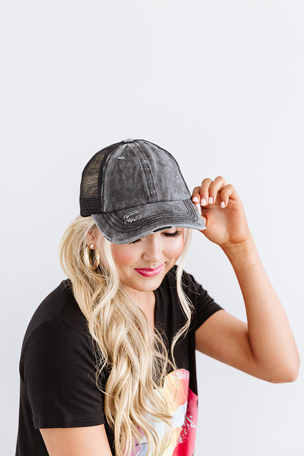 Chic Standard High Pony Tail Cap In Vintage Black