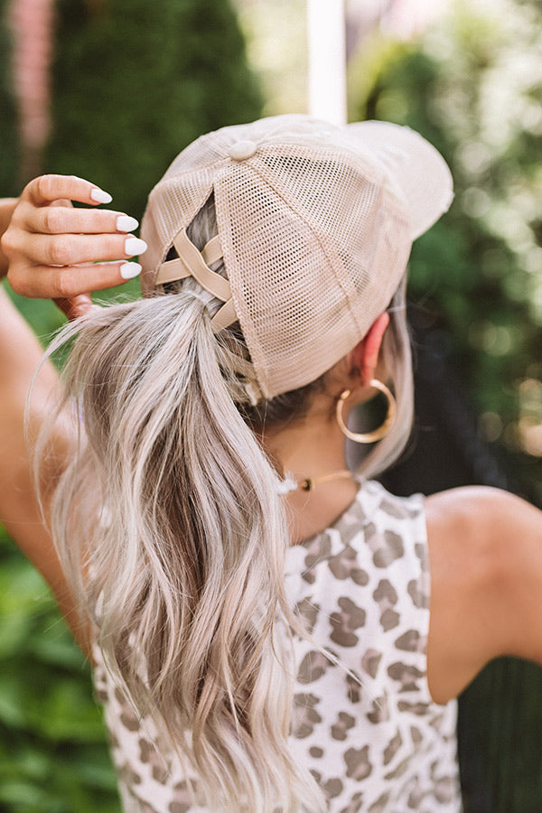 Chic Standard High Pony Tail Cap In Beige