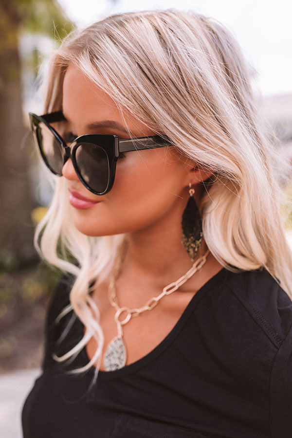 CEO Of Chic Sunnies In Black