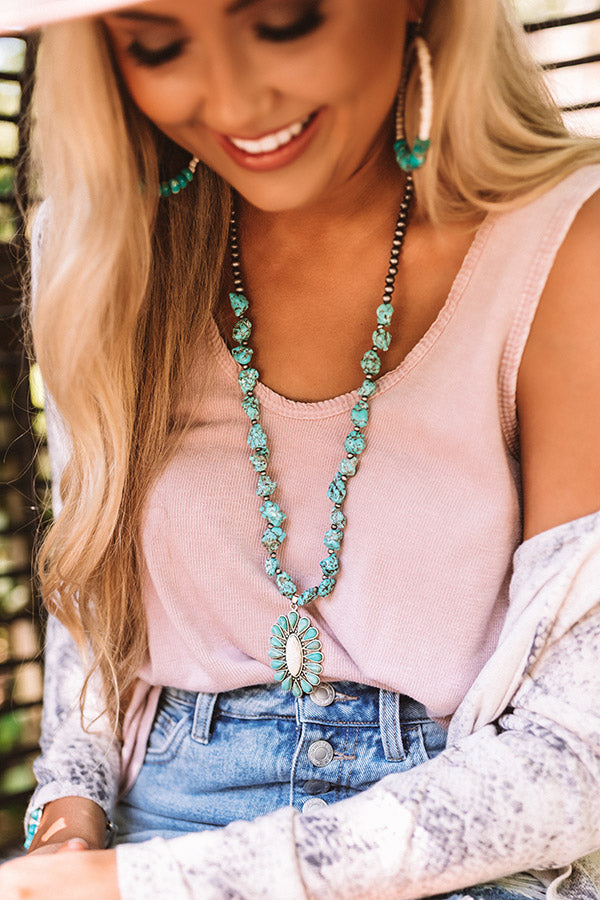 Casablanca Kisses Turquoise Necklace