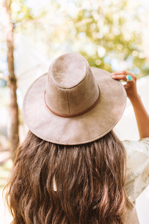 Outfit Goals Faux Suede Hat In Taupe