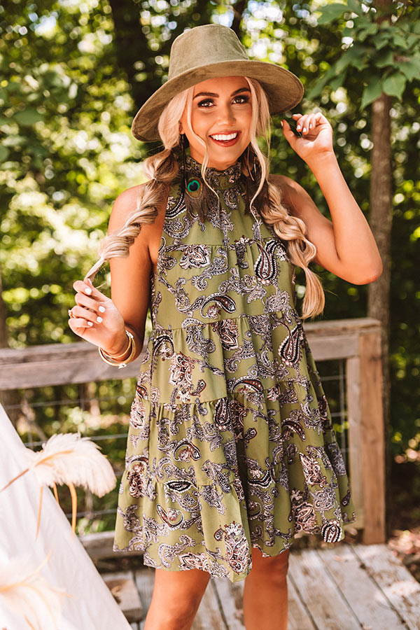Serene Stay Paisley Dress In Olive