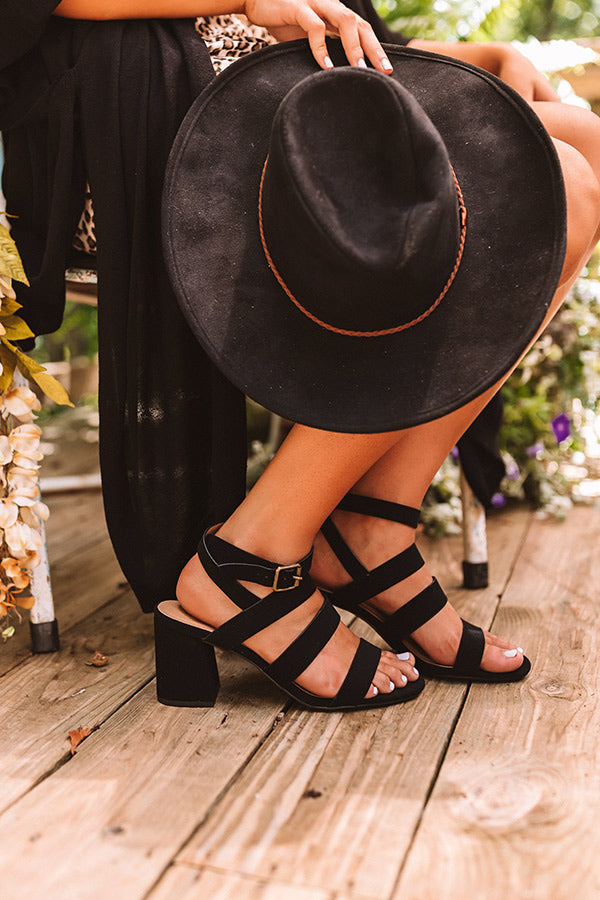 The Tauri Heel In Black