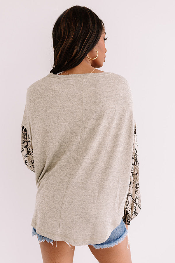Pour The Vino Shift Top In Taupe