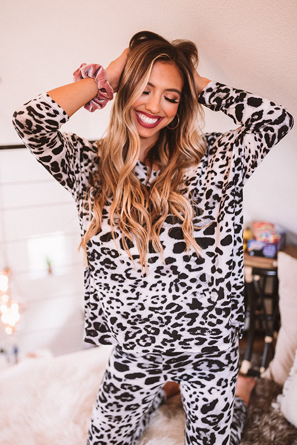 Cozy And Fabulous Leopard Shift Top In Grey